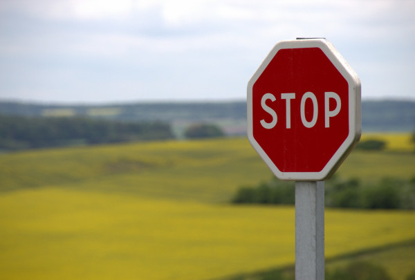 red-stop-sign-39080.jpg
